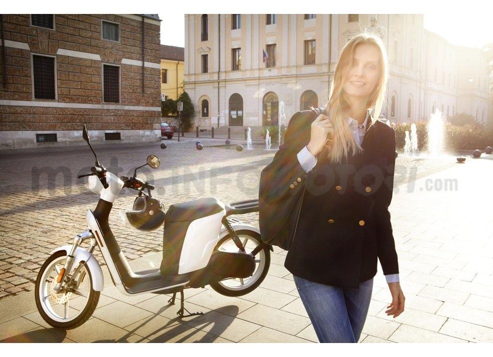 Lo scooter elettrico tutto italiano nasce a Vicenza grazie ad Askoll - Foto 3 di 48