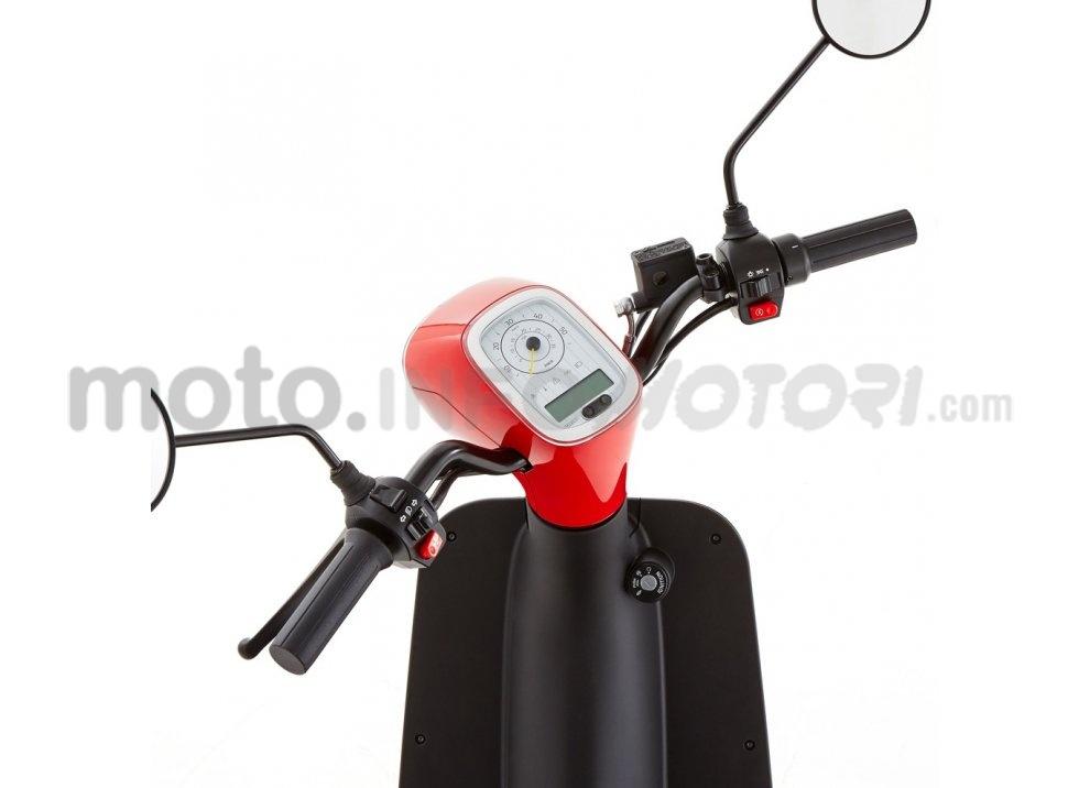 Lo scooter elettrico tutto italiano nasce a Vicenza grazie ad Askoll - Foto 7 di 48