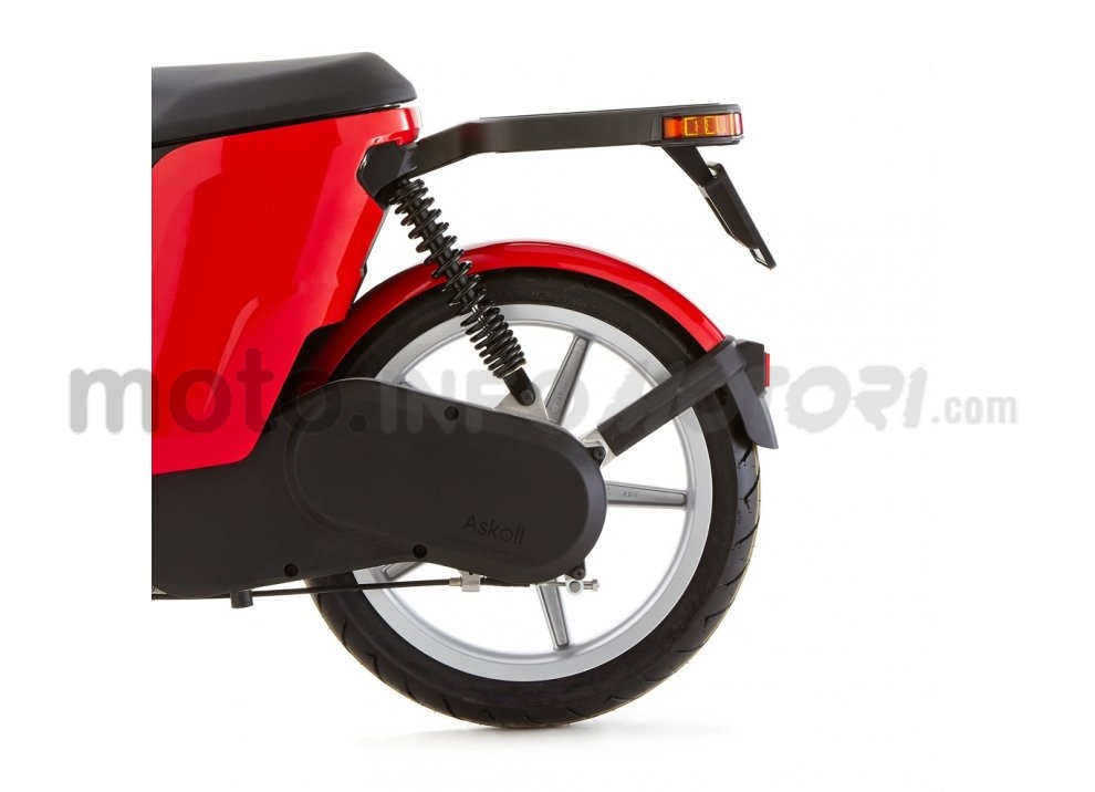 Lo scooter elettrico tutto italiano nasce a Vicenza grazie ad Askoll - Foto 8 di 48
