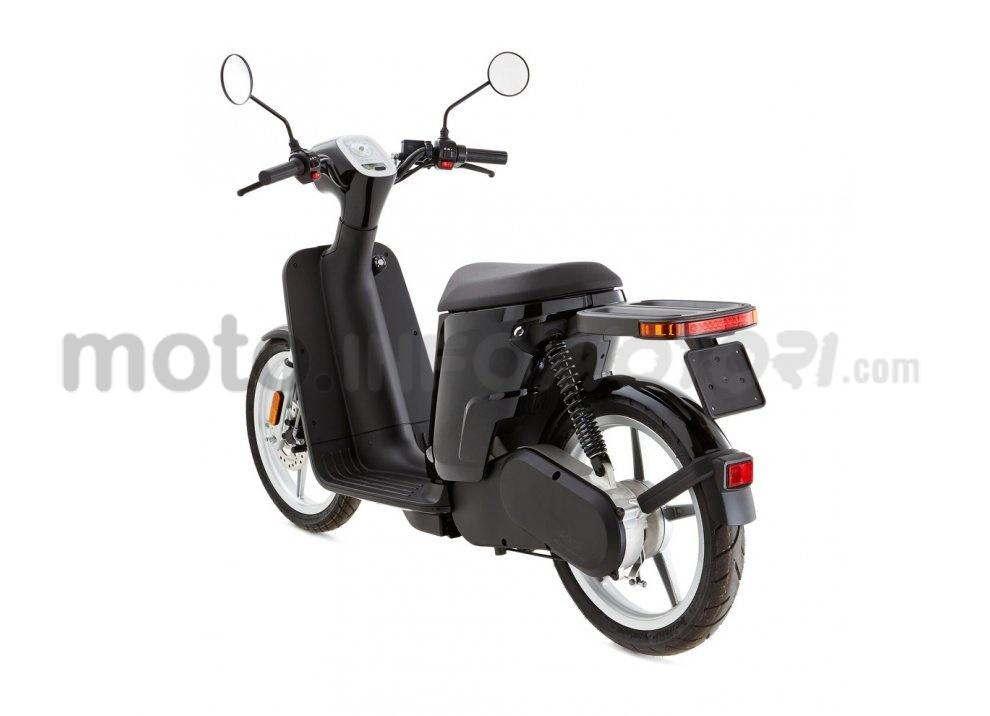 Lo scooter elettrico tutto italiano nasce a Vicenza grazie ad Askoll - Foto 16 di 48