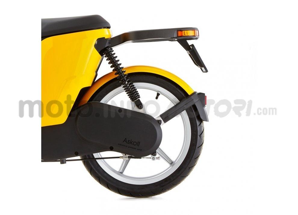Lo scooter elettrico tutto italiano nasce a Vicenza grazie ad Askoll - Foto 18 di 48