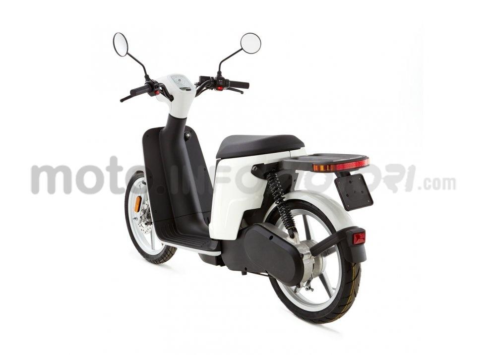 Lo scooter elettrico tutto italiano nasce a Vicenza grazie ad Askoll - Foto 20 di 48