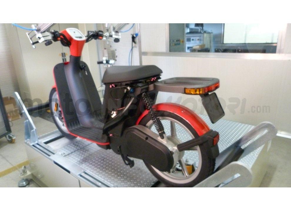 Lo scooter elettrico tutto italiano nasce a Vicenza grazie ad Askoll - Foto 29 di 48