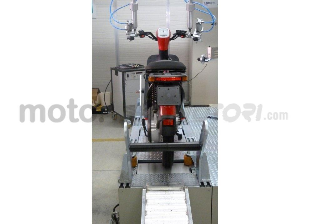 Lo scooter elettrico tutto italiano nasce a Vicenza grazie ad Askoll - Foto 30 di 48