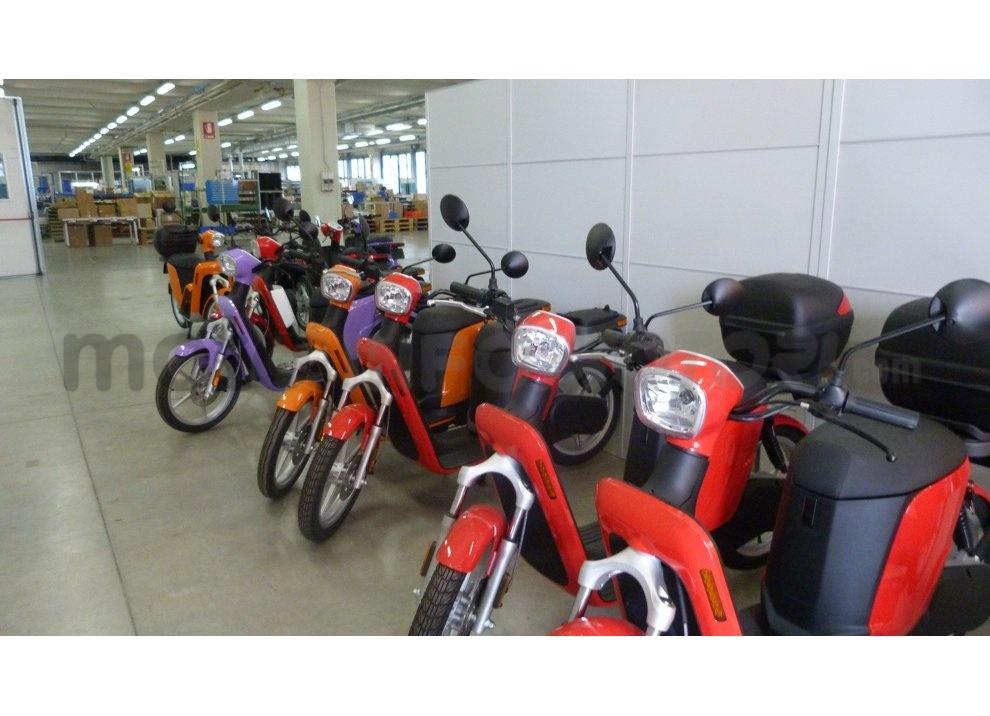 Lo scooter elettrico tutto italiano nasce a Vicenza grazie ad Askoll - Foto 33 di 48