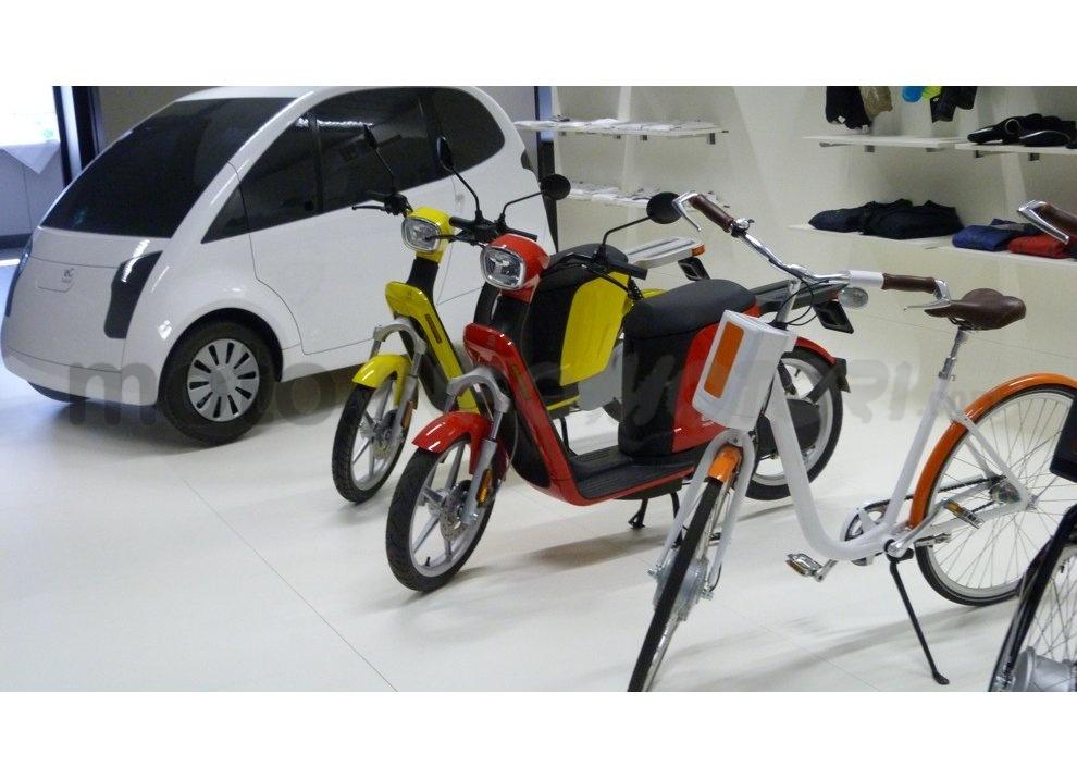 Lo scooter elettrico tutto italiano nasce a Vicenza grazie ad Askoll - Foto 25 di 48