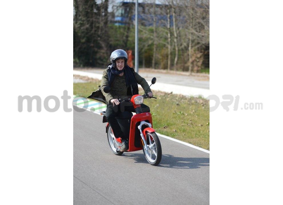 Lo scooter elettrico tutto italiano nasce a Vicenza grazie ad Askoll - Foto 9 di 48