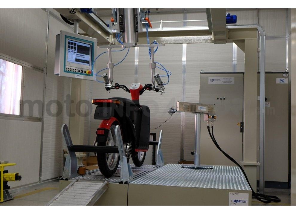 Lo scooter elettrico tutto italiano nasce a Vicenza grazie ad Askoll - Foto 46 di 48