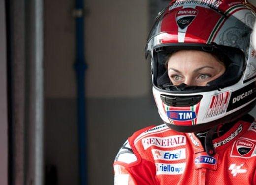 Le donne in moto più brave degli uomini - Foto 14 di 17