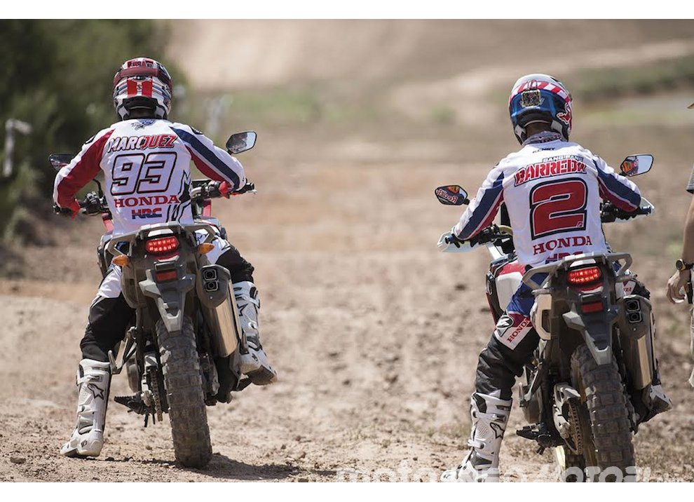 Marc Marquez e Joan Barreda sulla nuova Honda CRF 1000L Africa Twin, video - Foto 3 di 5