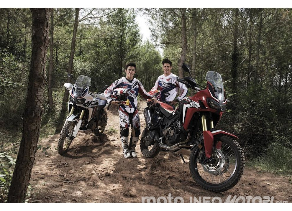 Marc Marquez e Joan Barreda sulla nuova Honda CRF 1000L Africa Twin, video - Foto 4 di 5