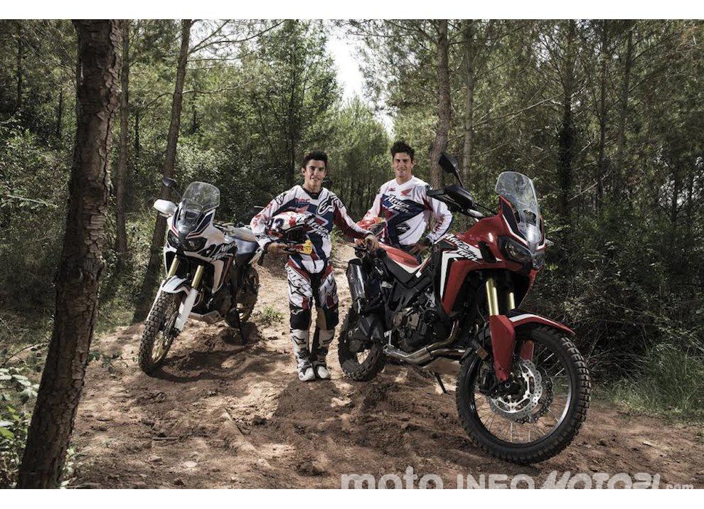 Marc Marquez e Joan Barreda sulla nuova Honda CRF 1000L Africa Twin, video - Foto 4 di 5