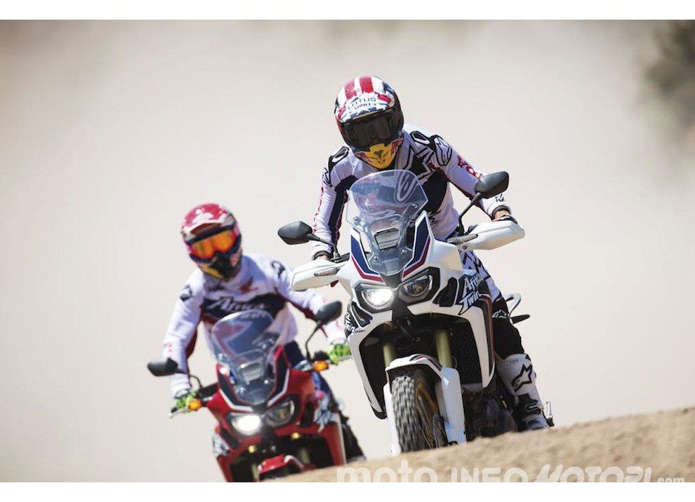 Marc Marquez e Joan Barreda sulla nuova Honda CRF 1000L Africa Twin, video - Foto 1 di 5