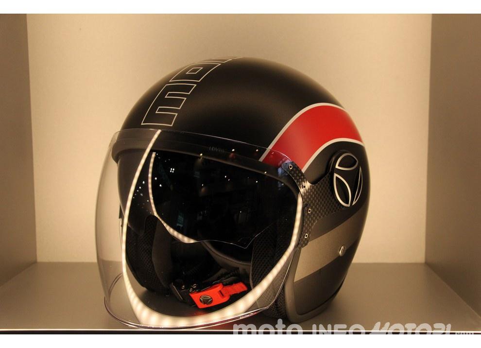 Momodesign: Nuova svolta sui caschi da moto