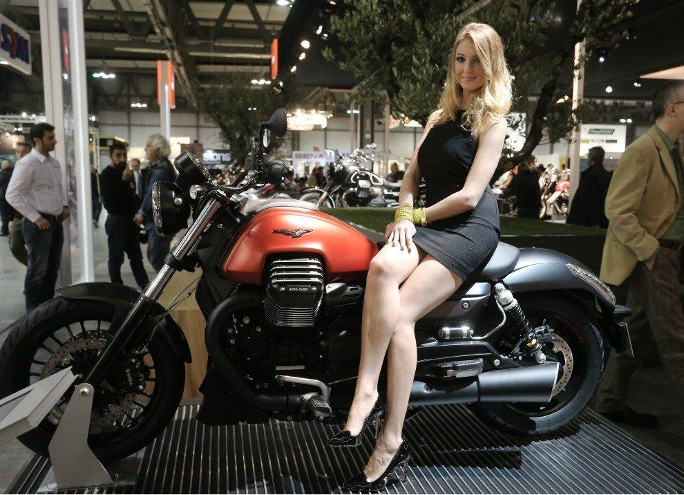 Moto Guzzi Audace informazioni ufficiali
