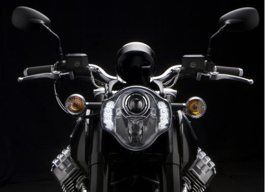 Moto Guzzi California 1400 Custom: Best of the Best Cruiser Motorcycle - Foto 7 di 7