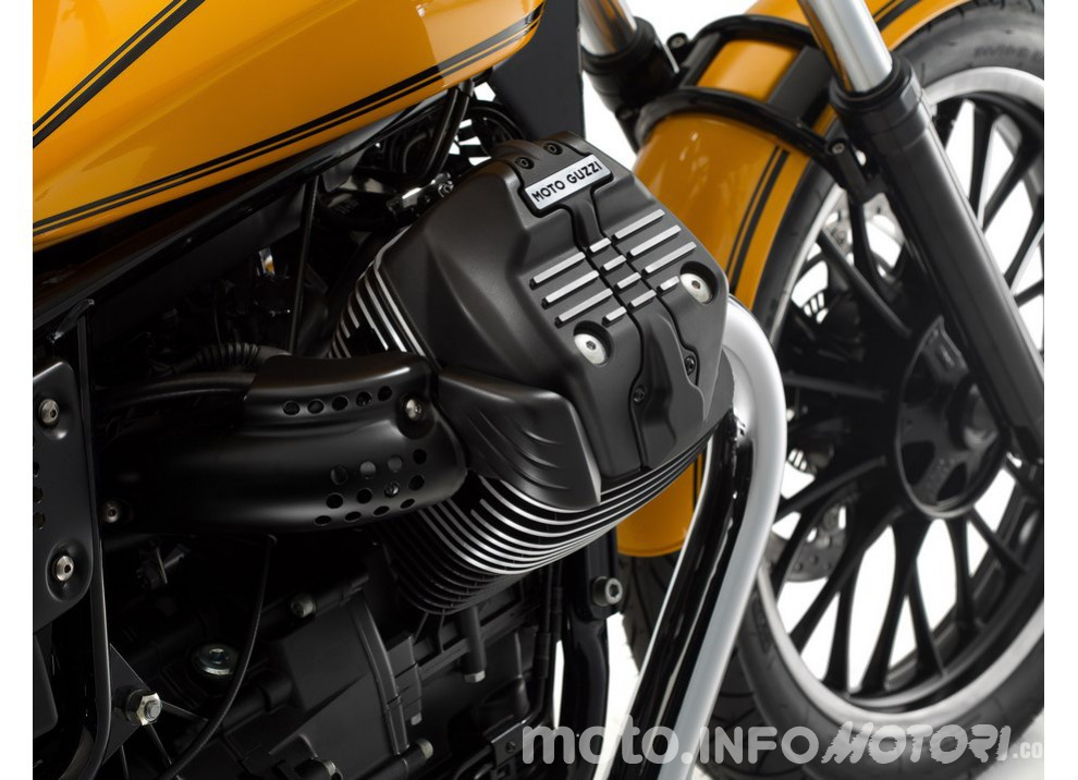 Moto Guzzi V9 Bobber e V9 Roamer 2016 - Foto 40 di 50