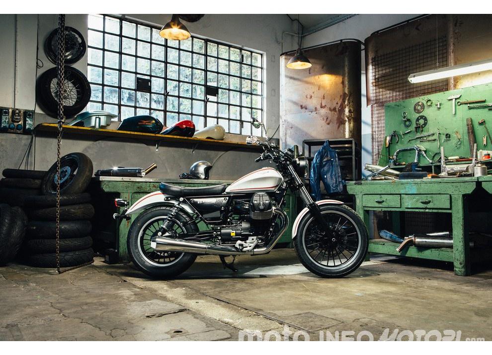 Moto Guzzi V9 Bobber e V9 Roamer 2016 - Foto 45 di 50