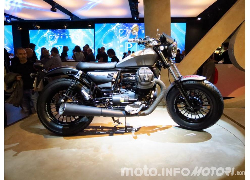 Moto Guzzi V9 Bobber e V9 Roamer 2016 - Foto 3 di 50