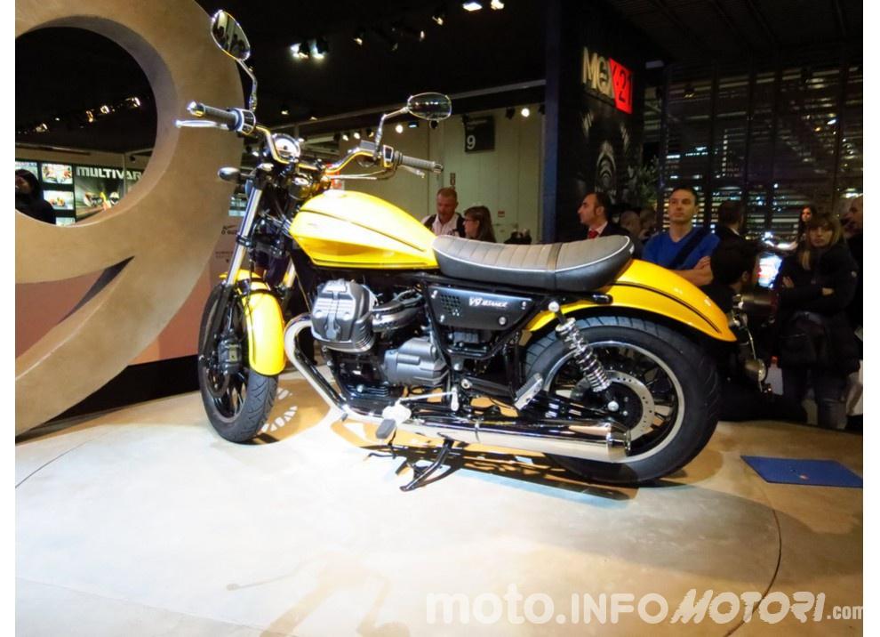 Moto Guzzi V9 Bobber e V9 Roamer 2016 - Foto 8 di 50