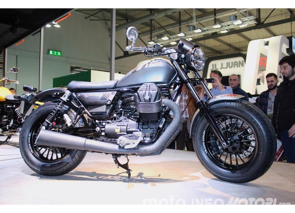Moto Guzzi V9 Bobber e V9 Roamer 2016 - Foto 2 di 50