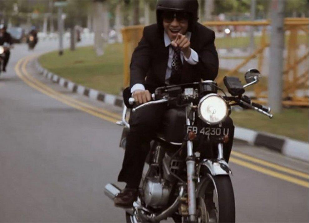 Motociclista e gentiluomo - Foto 5 di 5