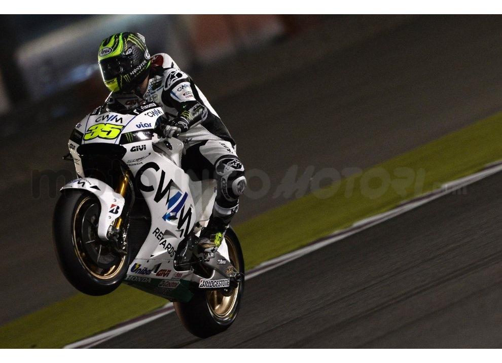 MotoGP 2015: Valentino Rossi conquista la vittoria in Qatar in una gara al limite - Foto 5 di 31
