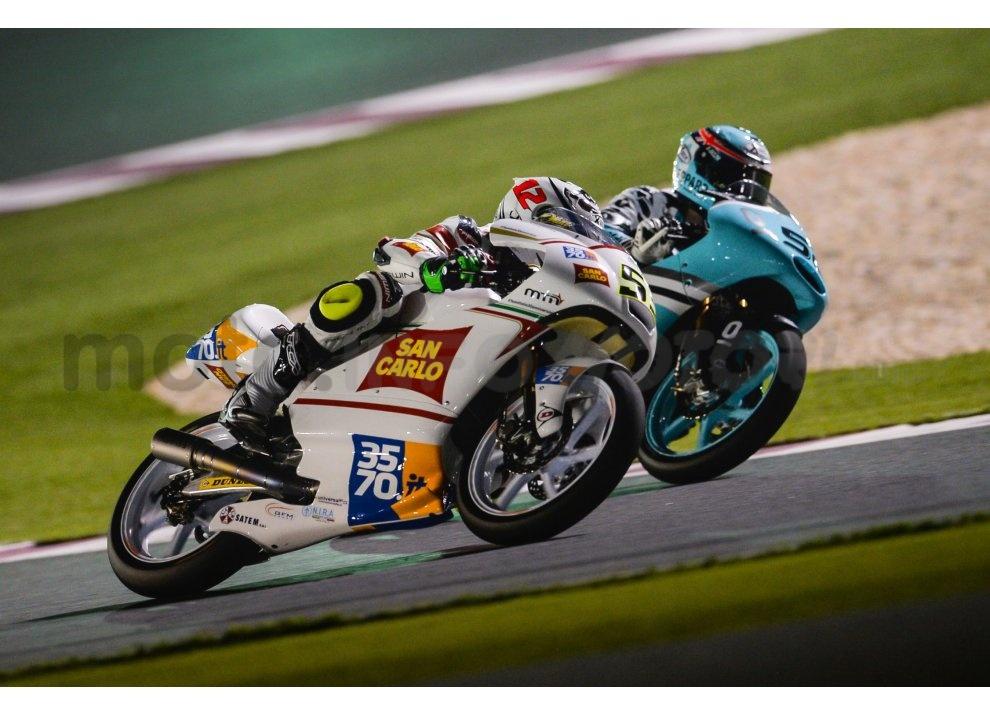 MotoGP 2015: Valentino Rossi conquista la vittoria in Qatar in una gara al limite - Foto 12 di 31