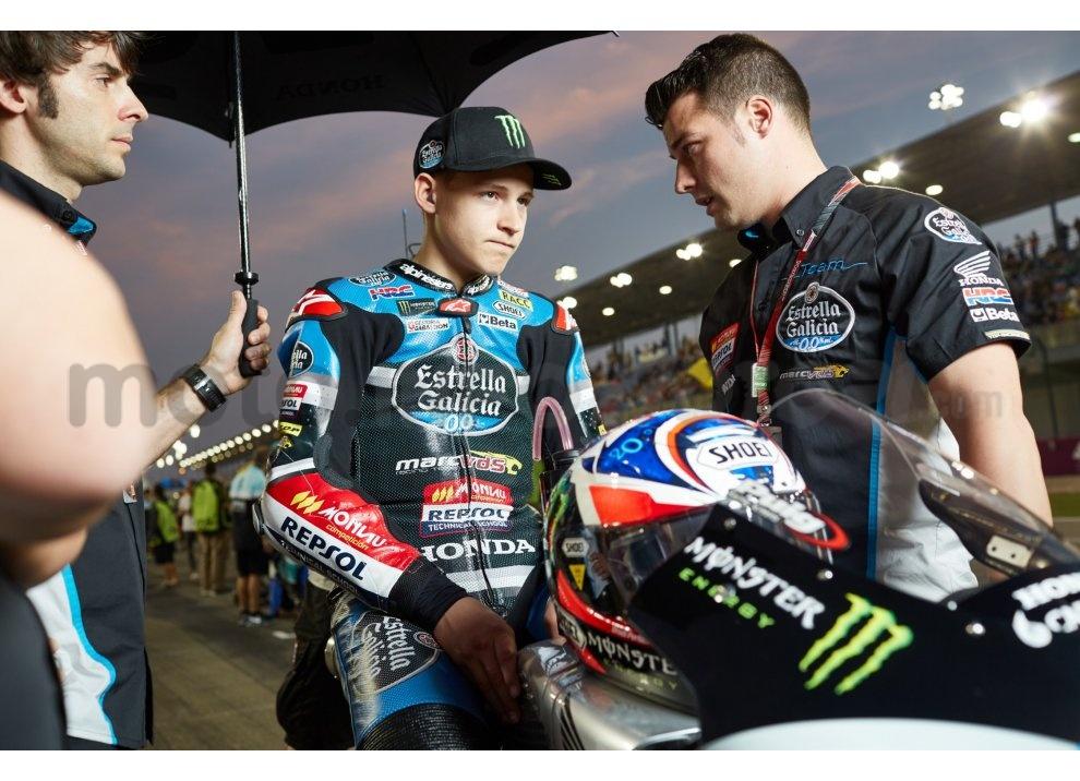 MotoGP 2015: Valentino Rossi conquista la vittoria in Qatar in una gara al limite - Foto 27 di 31