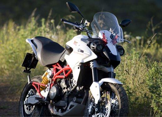 Moto Morini: riparte la produzione - Foto 6 di 14