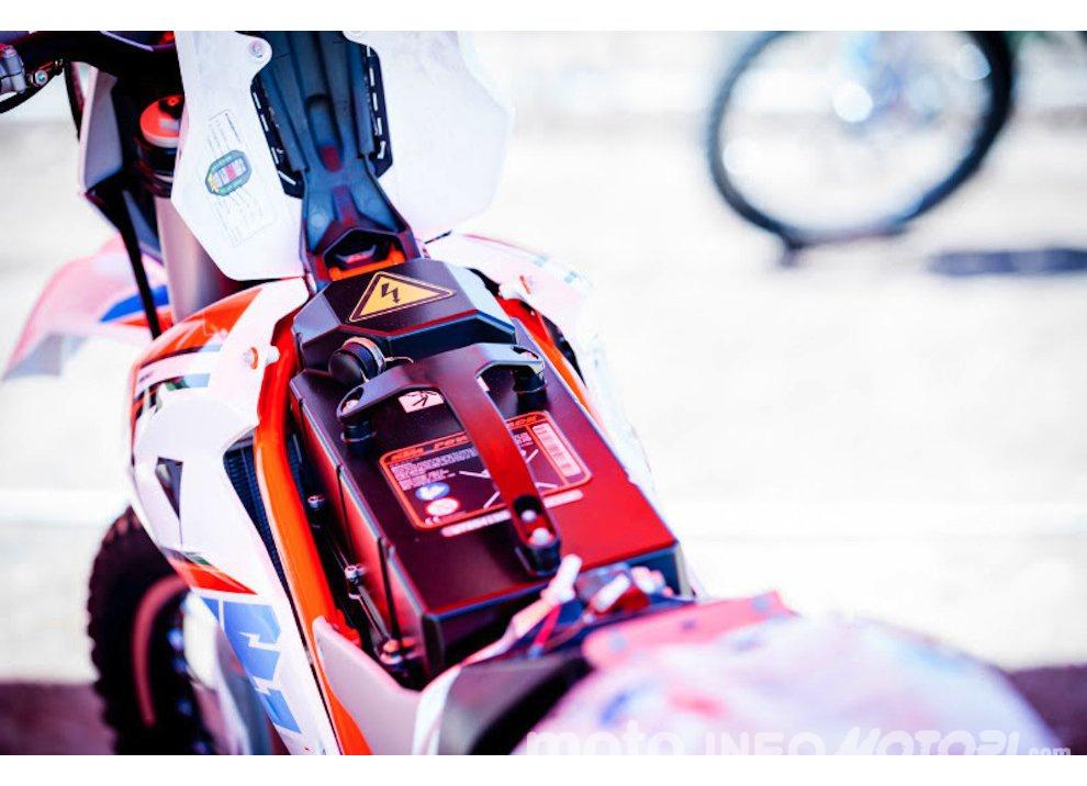 Must Cross: KTM inaugura a Maggiora l'E-Cross center il 25 e 26 luglio - Foto 2 di 7