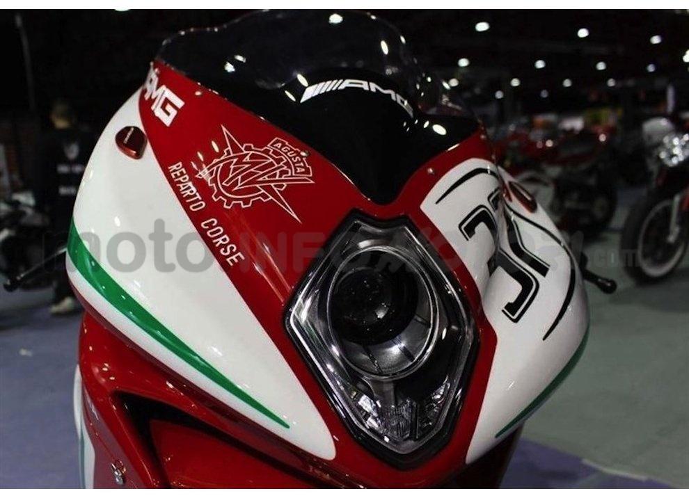 MV Agusta F4 RC presentata ufficialmente a Madrid - Foto 3 di 10