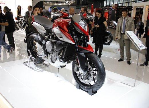 MV Agusta Rivale 800: caratteristiche e prezzi della nuova motard MV Agusta
