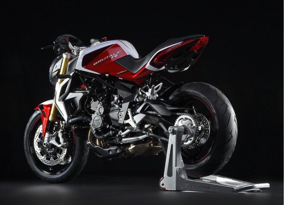 MV Agusta vince il premio Design of the Year al Bike India Awards - Foto 8 di 15