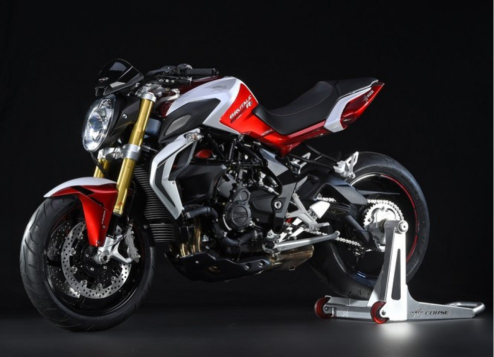 MV Agusta vince il premio Design of the Year al Bike India Awards - Foto 10 di 15