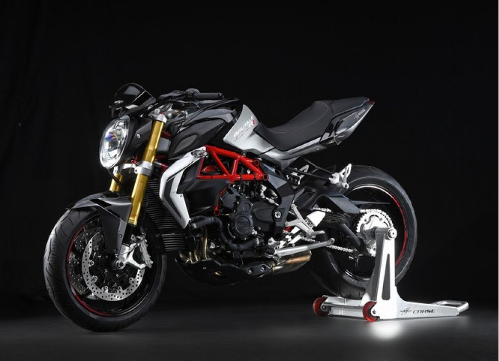 MV Agusta vince il premio Design of the Year al Bike India Awards - Foto 12 di 15
