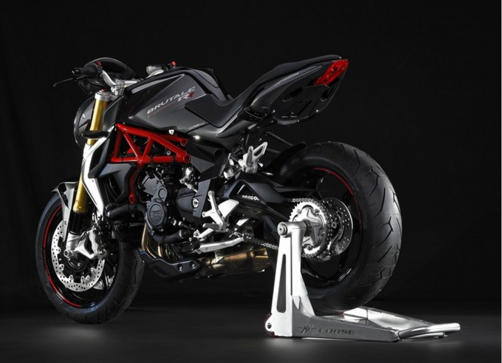 MV Agusta vince il premio Design of the Year al Bike India Awards - Foto 14 di 15