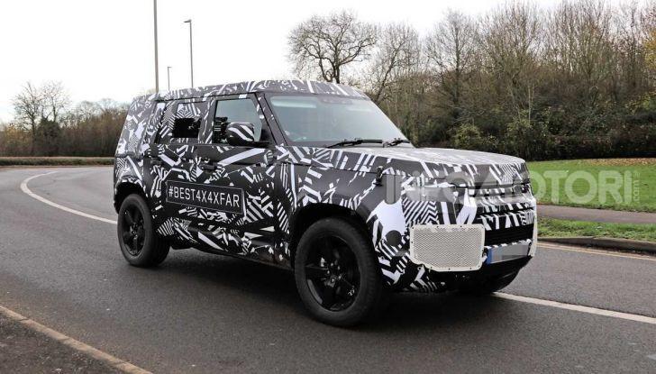Nuova Land Rover Defender 2020, prime immagini dei test dinamici - Foto 21 di 26