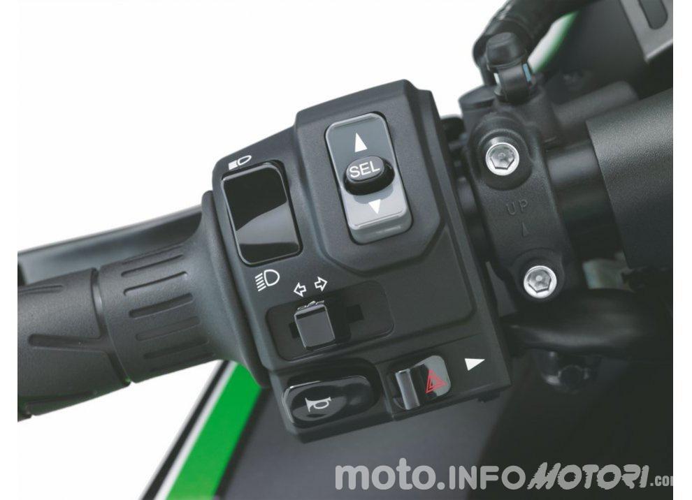 Nuova Kawasaki ZZR 1400 2016: Euro4, ma con 200CV - Foto 10 di 29