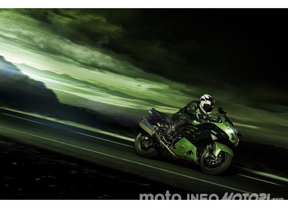 Nuova Kawasaki ZZR 1400 2016: Euro4, ma con 200CV - Foto 29 di 29