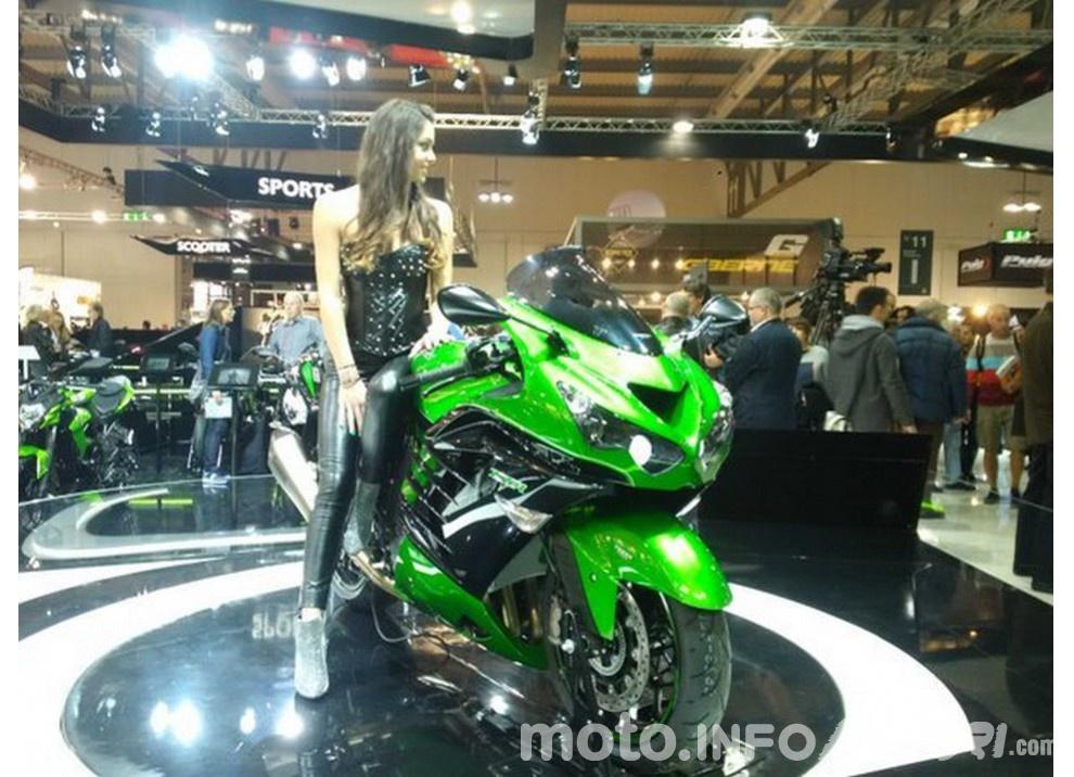 Nuova Kawasaki ZZR 1400 2016: Euro4, ma con 200CV - Foto 5 di 29