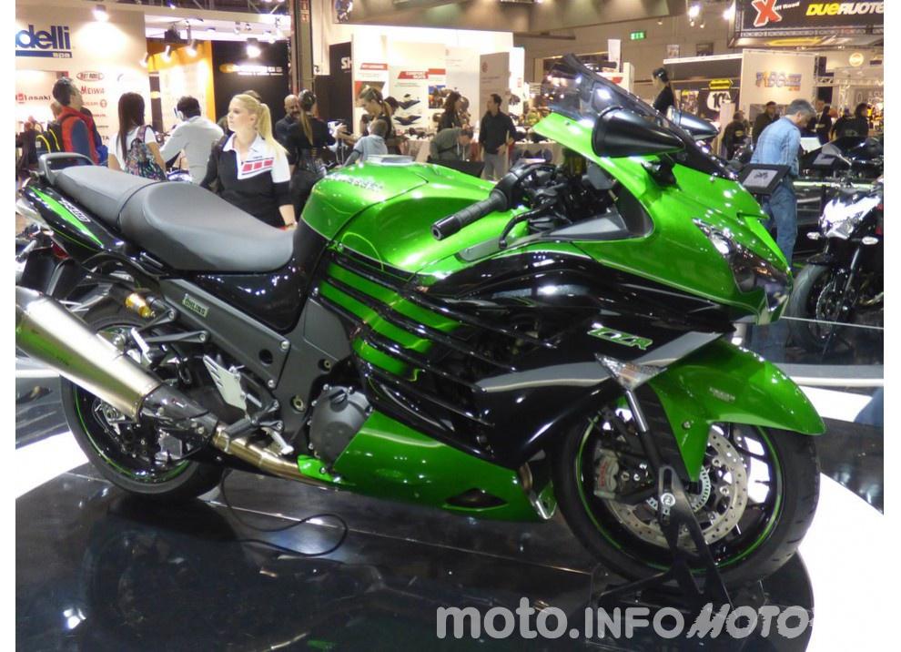 Nuova Kawasaki ZZR 1400 2016: Euro4, ma con 200CV - Foto 4 di 29