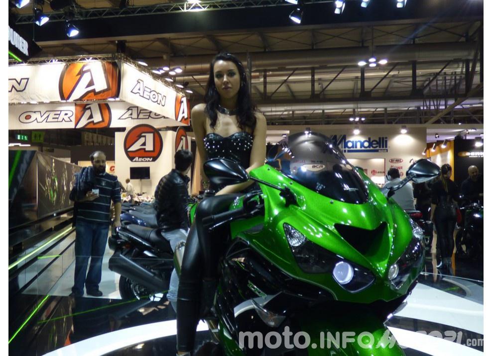 Nuova Kawasaki ZZR 1400 2016: Euro4, ma con 200CV - Foto 3 di 29