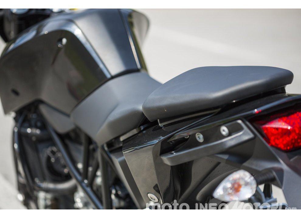 Nuova KTM 690 Duke 2016 - Foto 20 di 21
