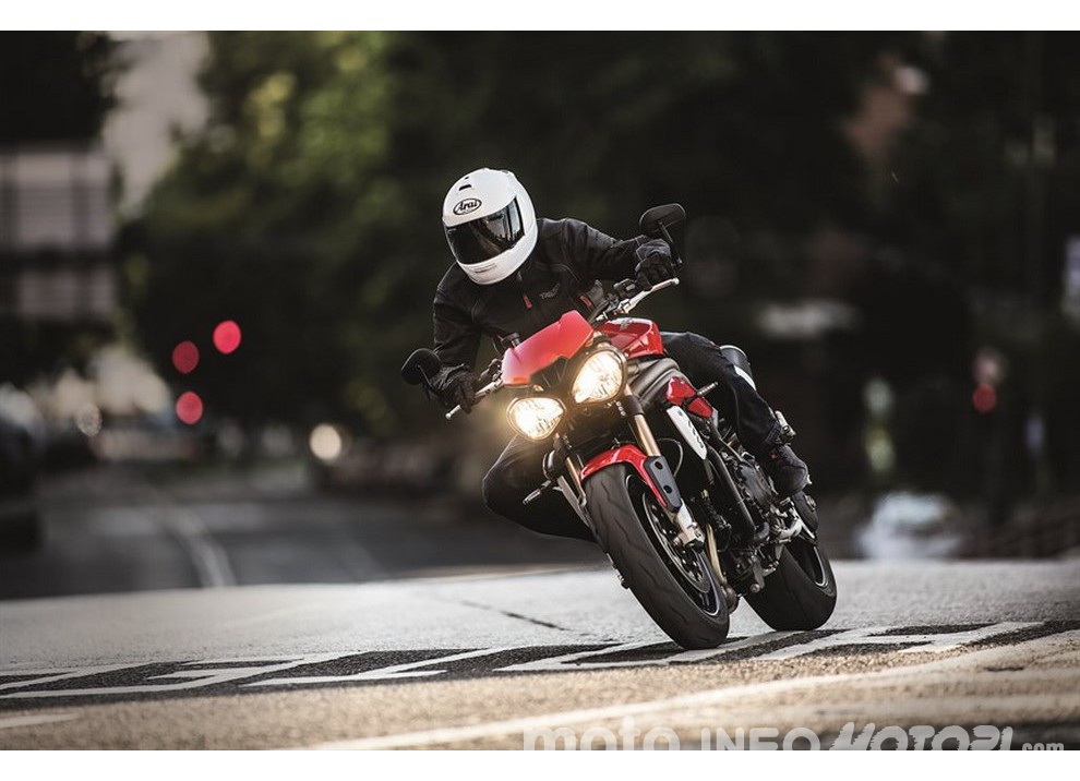 Nuova Triumph Speed Triple S 2016 ad EICMA 2015