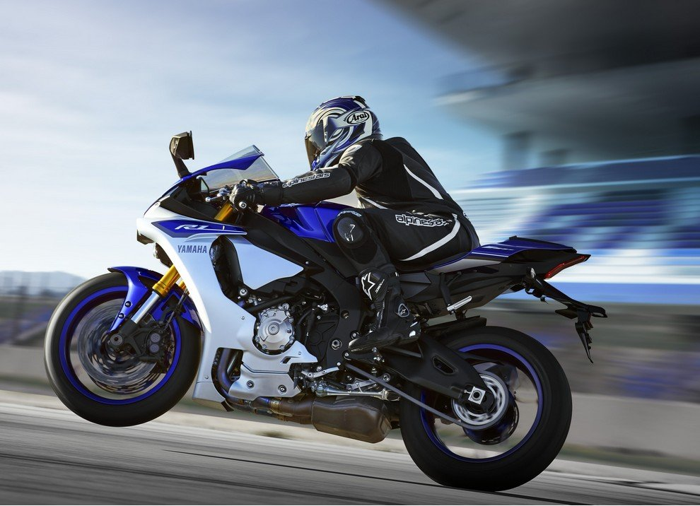 Nuova Yamaha R1: è lei la regina - Foto 2 di 95