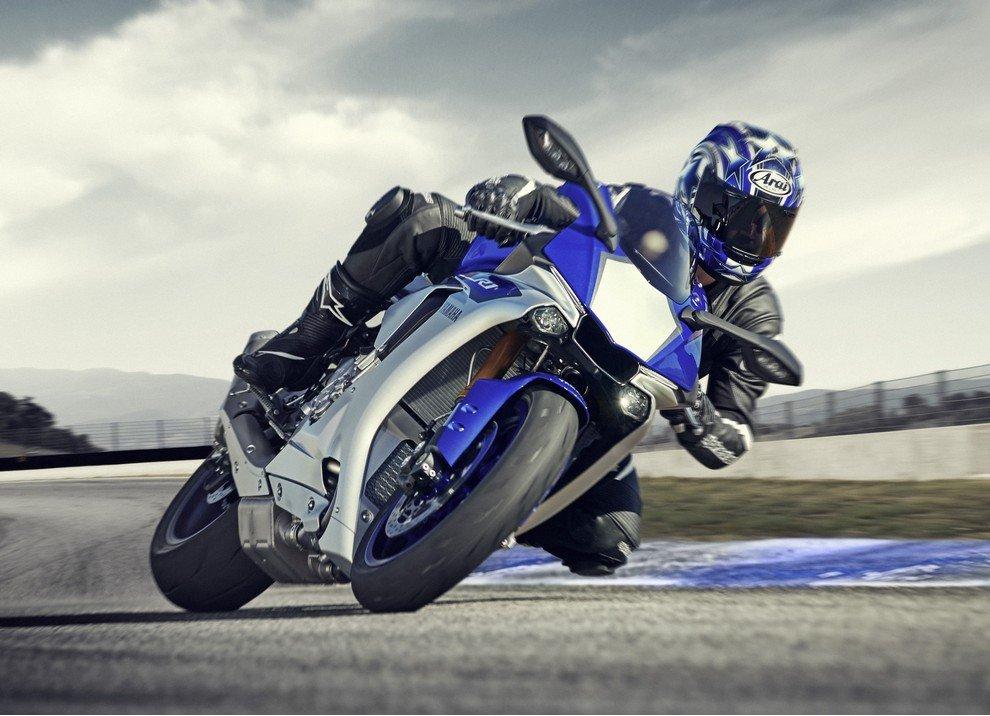Nuova Yamaha R1: è lei la regina - Foto 4 di 95