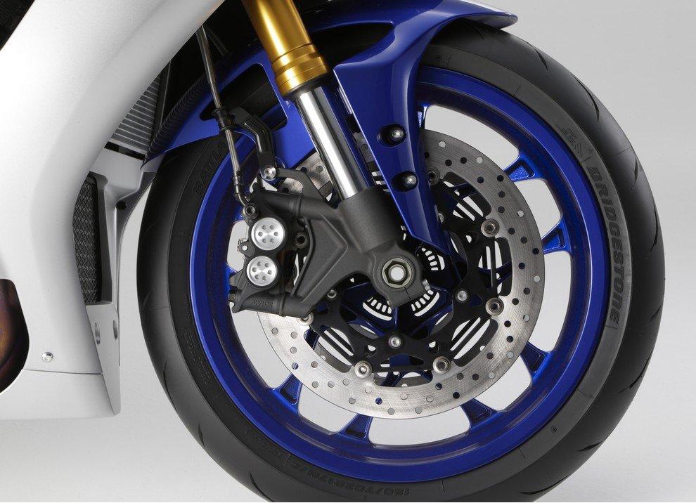 Nuova Yamaha R1: è lei la regina - Foto 12 di 95