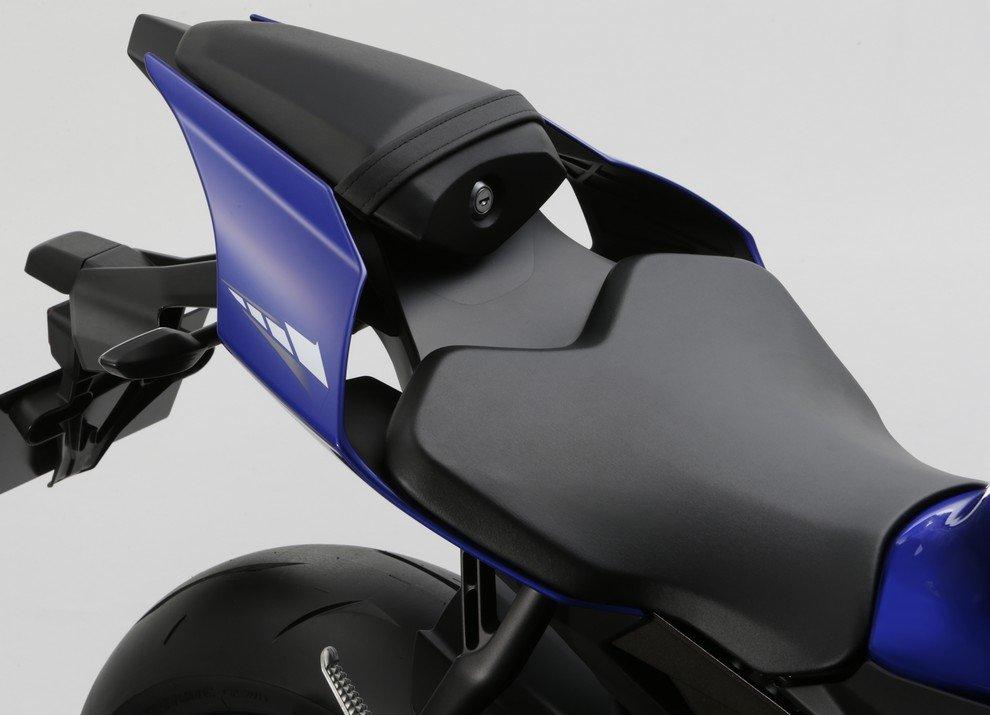 Nuova Yamaha R1: è lei la regina - Foto 19 di 95