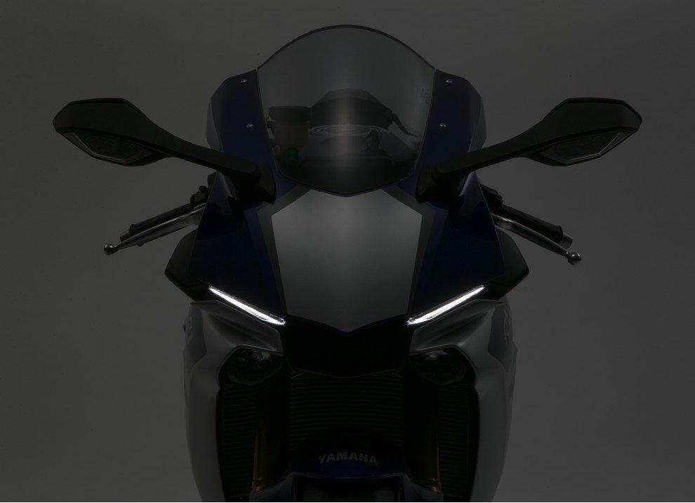 Nuova Yamaha R1: è lei la regina - Foto 23 di 95